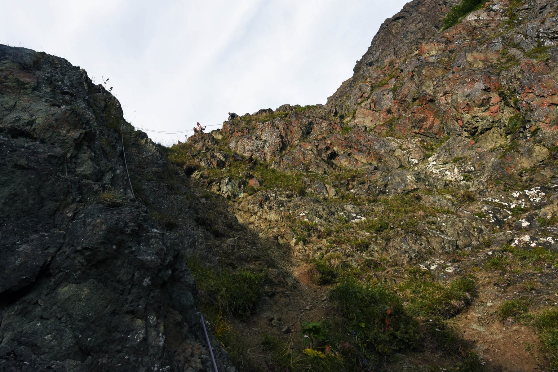 The crux of the Stivers' Gully Route on Bold Peak